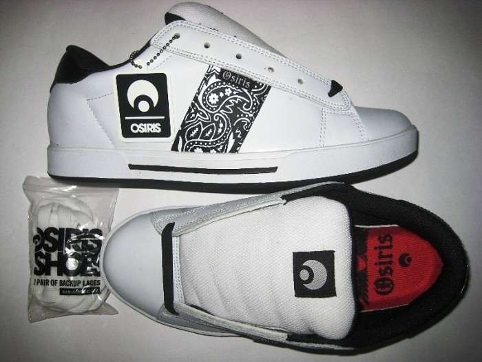 OSIRIS Serve (white/black/bandana)