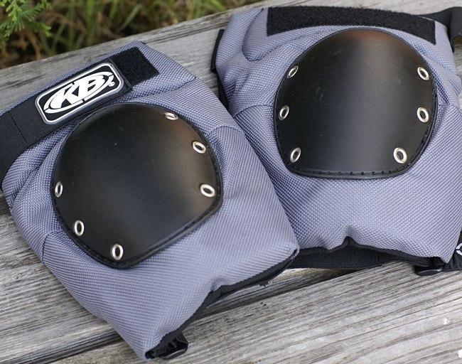 Защита колена KnuckleBone Jumper Knee Pads
