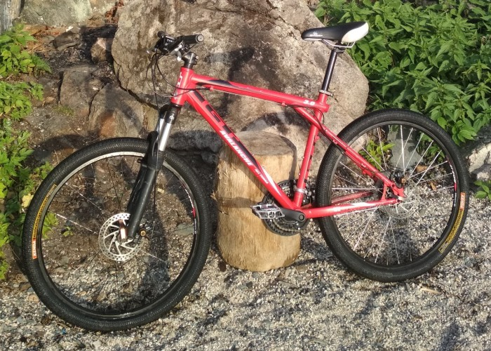 Велосипед горный GT Avalanche 3.0 Disc (red) б/у